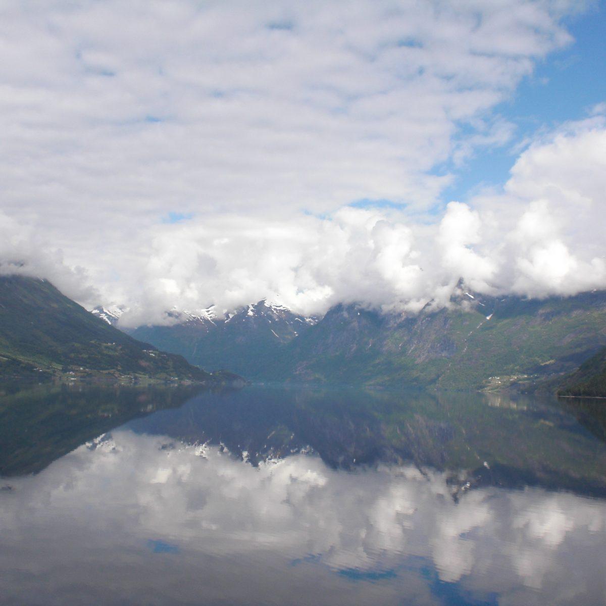 Spieglein Spieglein ...Berge und Wasser Norwegen
